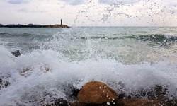 افزایش گرما در شمال کشور/موجهای 2.5 متری در دریای عمان و محدودیت فعالیت شیلاتی