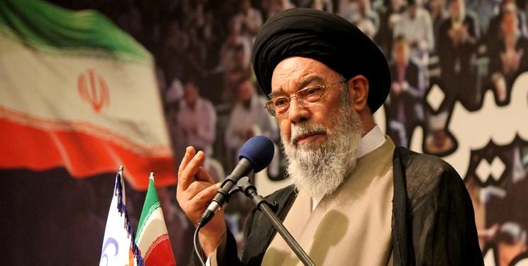 امامجمعه اصفهان: مسلمانان بر عدم سلطه طاغوت بر خود تأکید دارند