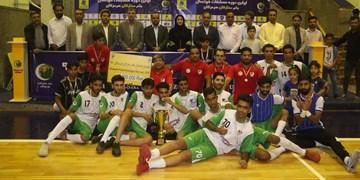 ستاره های احمدی جام را به خانه بردند