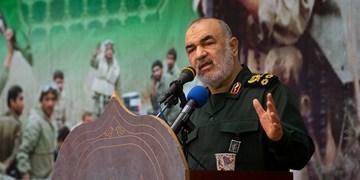 سرلشکر سلامی: ارتش و سپاه اجازه نخواهند داد امنیت کمنظیر میهن اسلامی متزلزل شود