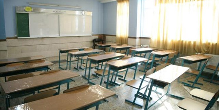 افتتاح و بهرهبرداری مدرسه سه کلاسه در شهرستان پارس آباد