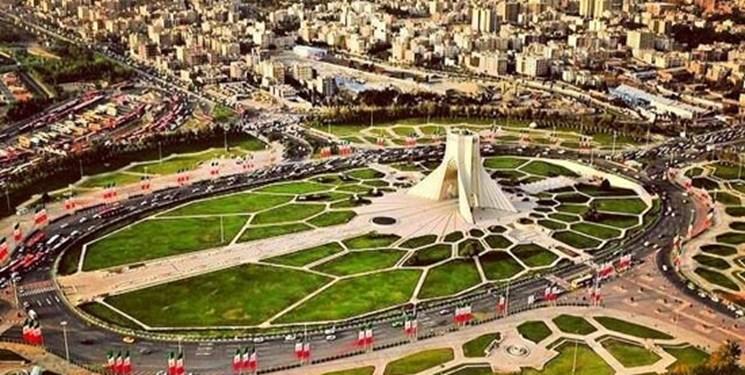 اهدای عکس ماهوارهای تهران به رئیس سازمان فضایی/ برگزاری بیش از ۳۰۰ رویداد در هفته جهانی فضا