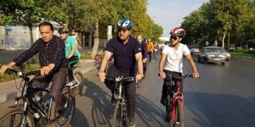 فارس من| ایستگاههای دوچرخه اشتراکی باید احیا شود/ سامانه هوشمند دوچرخه اشتراکی در حال پیگیری است