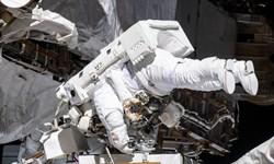 سفینه فضایی روسی سه فضانورد را به زمین برگرداند+عکس