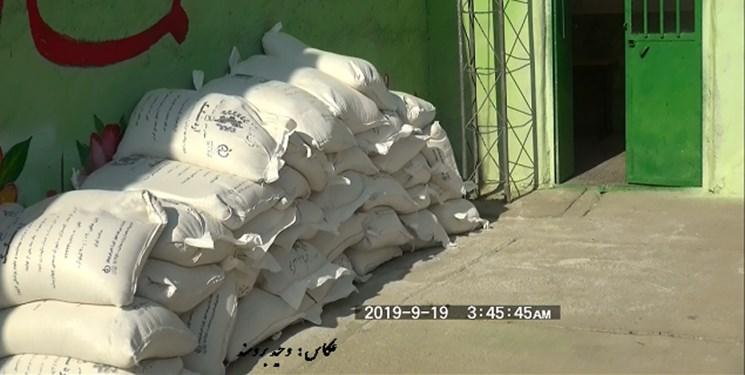 کشف آردهای دولتی از کارگاه چوببری در هشترود/ هشدار درباره فروش آرد سهمیهای در بازار