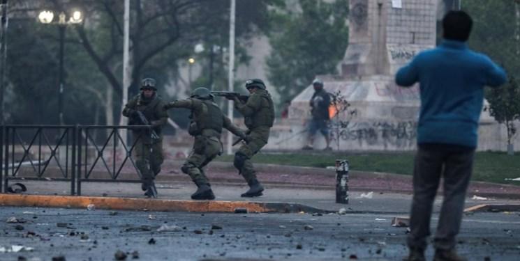 اعتراضات شیلی به خشونت کشیده شد، سه نفر کشته شدند
