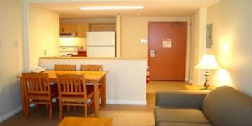 هزار دانشجو با رعایت پروتکل های بهداشتی در خوابگاه ساکن شدند/ غذای دانشجویان خوابگاهی در کرونا چگونه تامین می شود؟