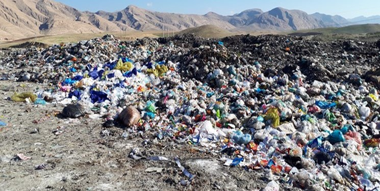 هیچ خطری ساکنان نزدیک به سایت زباله آزاد شهر را تهدید نمیکند
