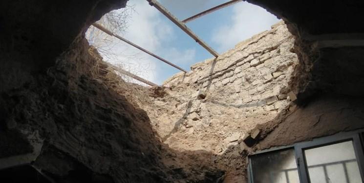 جزئیات تخریب یک مسجد تاریخی در نجم آباد در اثر بارندگی ها+ عکس