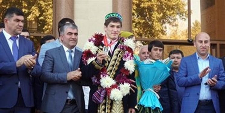 استقبال گرم از قهرمان طلایی جودو تاجیکستان در «دوشنبه»