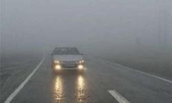 جادههای مازندران، لغزنده و مه آلود/ طرح ممنوعیت تردد همچنان ادامه دارد