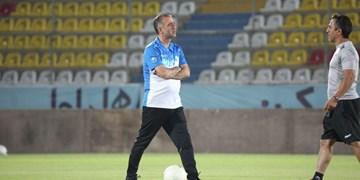 مدیرعامل شاهین بوشهر: کمالوند گفت به تیم دیگری نمیروم/مسئولان خواهان ادامه همکاری با او هستند