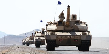 الاخبار: ائتلاف سعودی-اماراتی تسلیحات سنگین خود را از مأرب خارج کرد