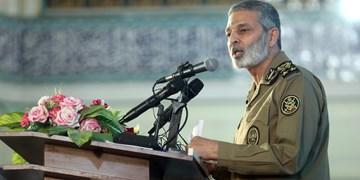 سرلشکر موسوی: ارتقاء توان رزمی دستور کار دائمی ارتش است