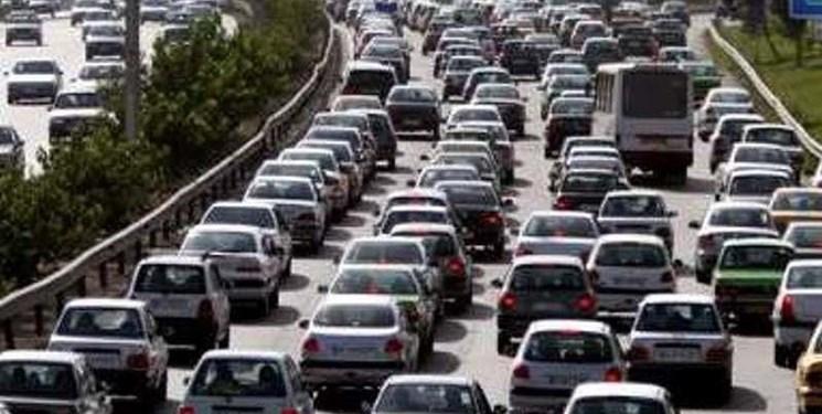 ترافیک آزادراه تهران کرج 30 درصد کاهش مییابد