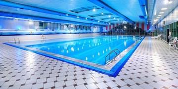 ترس مردم از شنا در کرونا / مستاجرین اماکن ورزشی قم چشمانتظار تدبیر مسوولان