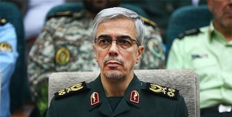 ارتش و سپاه ضامن امنیت و آرامش ملت ایران هستند/ به هر نوع تهدید پاسخ قاطع میدهیم