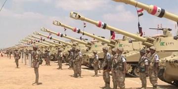 ارتش مصر در مرز  خود با لیبی تمرین نظامی برگزار میکند