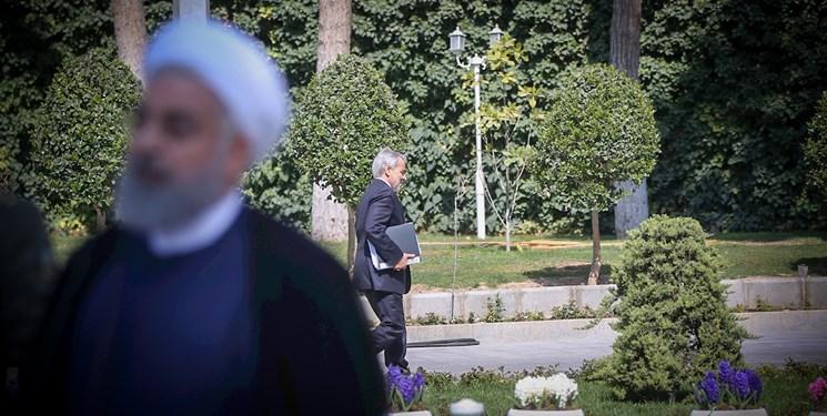 یک بام و دو هوای دولت؛ مخالفت با مصوبه مجلس برای یارانه معیشتی، اعلام دادن یارانه توسط روحانی