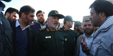 سردار سلامی: سپاه آخرین نفراتی خواهد بود که مناطق زلزلهزده آذربایجان را ترک می کند