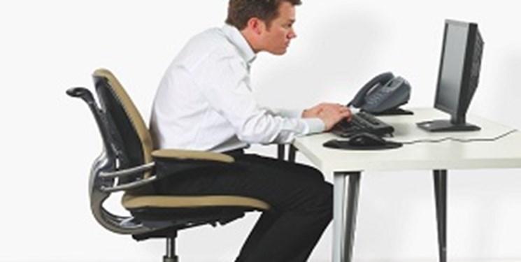 هشدار: نشستن طولانی مدت به سلامت روان شما آسیب میزند