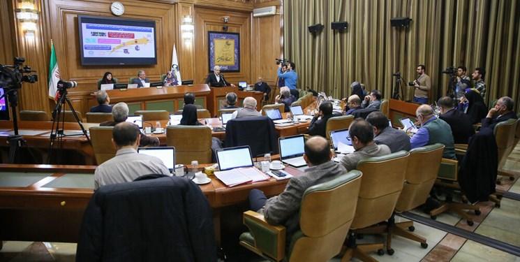 نظرات کمیسیونهای شورا باید کارشناسیتر باشد