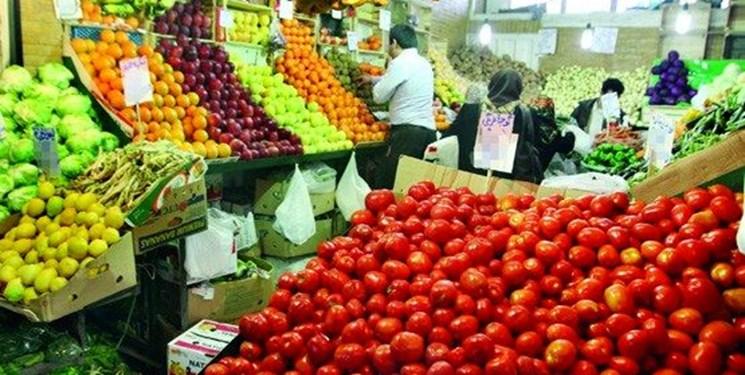 مقاومت میوههای تابستانه در برابر کاهش قیمت/میوههای خارجی در بازار جولان میدهند