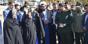 افتتاح منازل طرح محرومیتزدایی سپاه ناحیه دنا در روستای کریک+تصاویر و فیلم