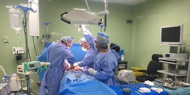تیغ جراحی  در دستان دو پزشک «متخصص نما»/ مطب جراحی زیبایی پلمب شد