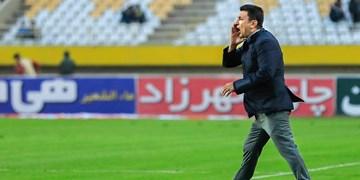 قلعهنویی: برخی افراد میکروفندار، ایرانی ها را زدند/ دو مدیر باید به جان هم بیفتند تا فوتبال تعلیق شود؟