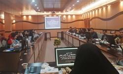کارت خبرنگاری و اینترنت بینالملل معلق/ انتقاد از سبک مدیریتی آقایان