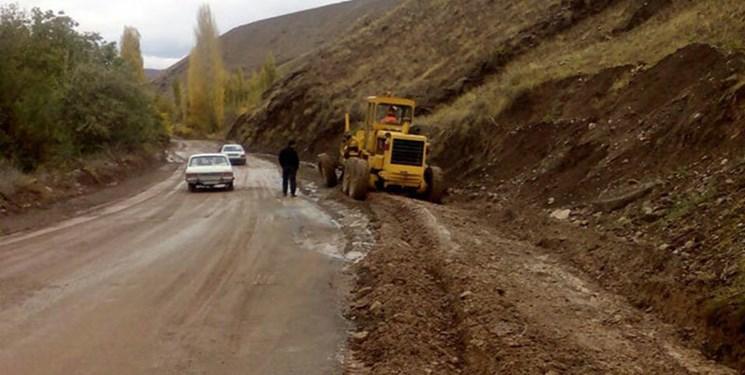 جادههایی خاکی که توسعه روستاها را سد کردند/چرخش پروژههای راههای روستایی بر پاشنه بدهی