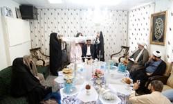 پیوند فیروزه ای ۱۵ زوج در مسجد مقدس جمکران
