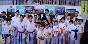 حضور آل هاشم در افتتاحیه مسابقات کاراته (کیوکوشین بایاکورن) کشور در تبریز