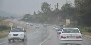 جادههای زنجان لغزنده است/ ادامه بارش برف و باران