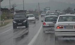 تردد در برخی جادههای آذربایجانغربی به سبب بارش برف و باران کند است