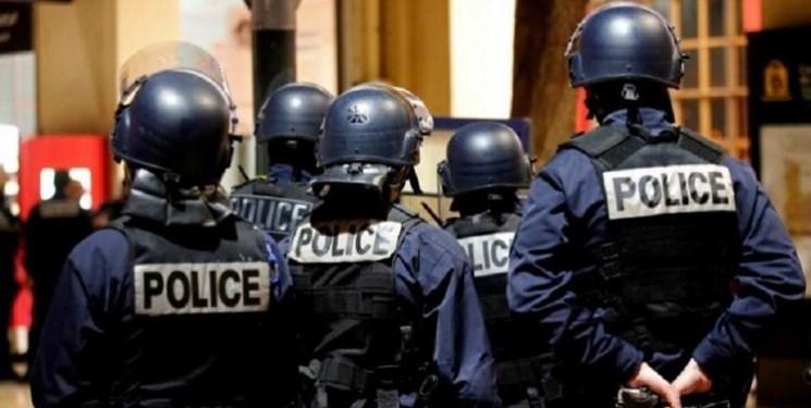 پلیس فرانسه 9 نفر را در ارتباط با حادثه چاقو کشی پاریس دستگیر کرد