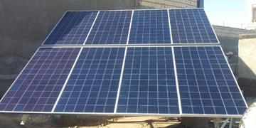 برق رسانی به روستای امیرآباد در گرو ۳۱ میلیون تومان بود/ پنل خورشیدی بالاخره تأمین شد