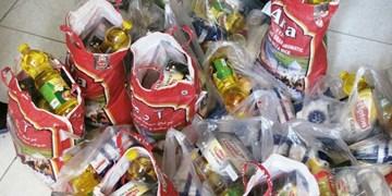 توزیع بستههای معیشتی بین مددجویان بخش داشلیبرون گنبدکاووس