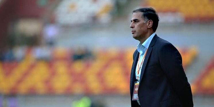 آذری: آقای رئیس جمهور ضابطین قضایی کرونا را به فوتبال هم بفرستد/تست استقلالیها بعد از بازی با فولاد منفی بود