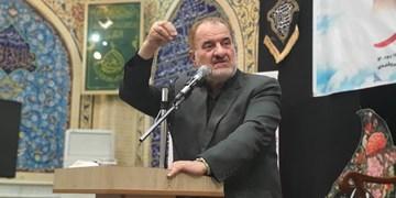 تجلیل از ۱۱ حافظ قرآن کریم/ حقوقدانان اسلامی در دیوان لاهه علیه اهانت مکرون شکایت کنند