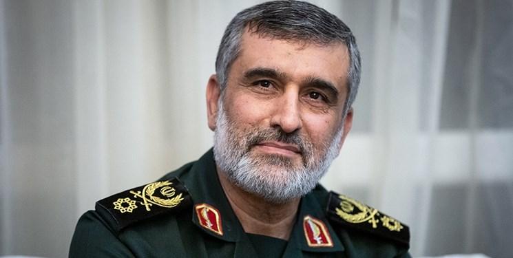 سردار حاجیزاده: میتوان با  استقامت و اعتماد به  ظرفیت های داخلی  بر مشکلات فائق آمد