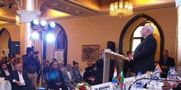 حضور ظریف در جمع تجار و بازرگانان هندی و ایرانی در بمبئی