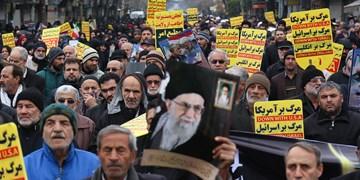 فریاد حمایت مردم قزوین از سپاه و تکریم شهدای سقوط هواپیما