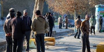 بسیج در میدان مقابله با کرونا/ ۱۱۰ بن غذایی بین کارگران روزمزد توزیع شد+ فیلم