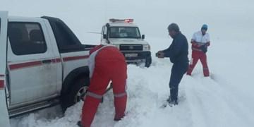 نجات جان 5 مادر باردار آذربایجانی گرفتار در برف