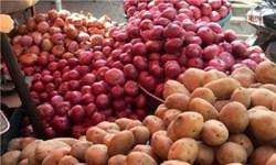 کشف انبار دپوی سیب زمینی و پیاز  در کرمانشاه