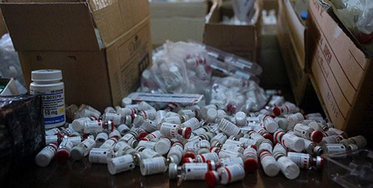 شبکه قاچاق دارو و واکسن کرونا در استان مرکزی کشف و منهدم شد