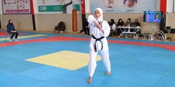 معرفی برترینهای پومسه دختران قم / آموزش پاراتکواندو با حضور قهرمان آسیا و جهان