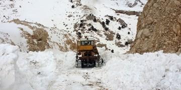 قطع راه ارتباطی روستای پران پرویز پلدختر بر اثر سیلاب
